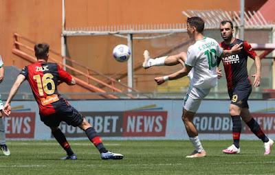 ملخص واهداف مباراة ساسولو وجنوي (2-1) الدوري الايطالي