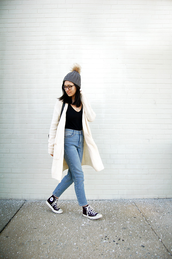 White Cardigan, Denim Jeans, Black Sneakers