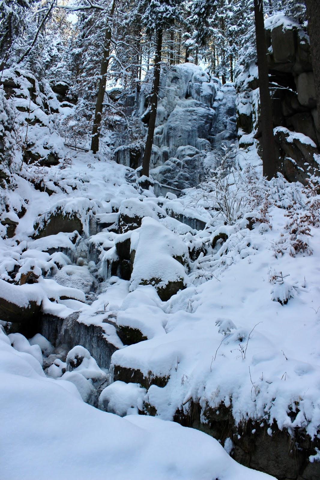 Blauenthaler-Wasserfall-Eibenstock-winter-schnee-snow-frozen