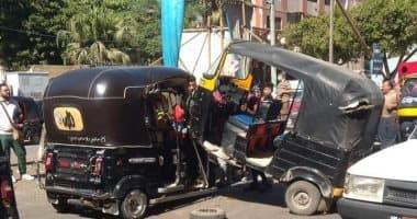إصابة 5 فى حادث تصادم بين توك توك وسيارة بالفيوم.