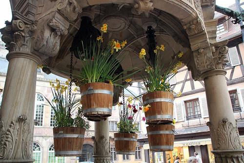 El Pozo de los Seis Cubos (Obernai, Francia)