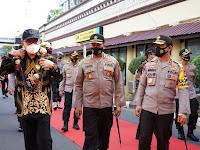 Kapolda Sulsel Sambut Kunjungan Deputi Kemenpan RB di Polrestabes Makassar