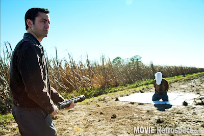 Looper - movie still - Execution