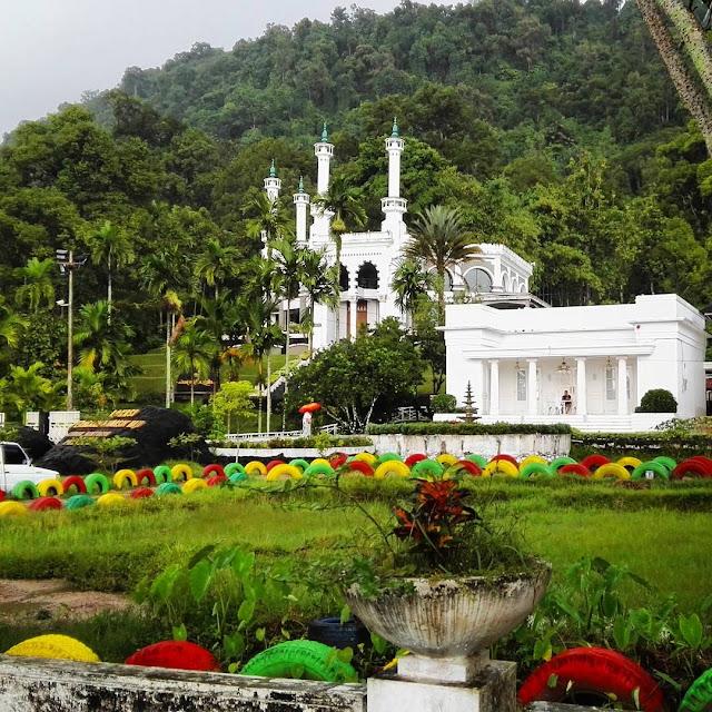 miniatur makkah is tourist attraction in west sumatra