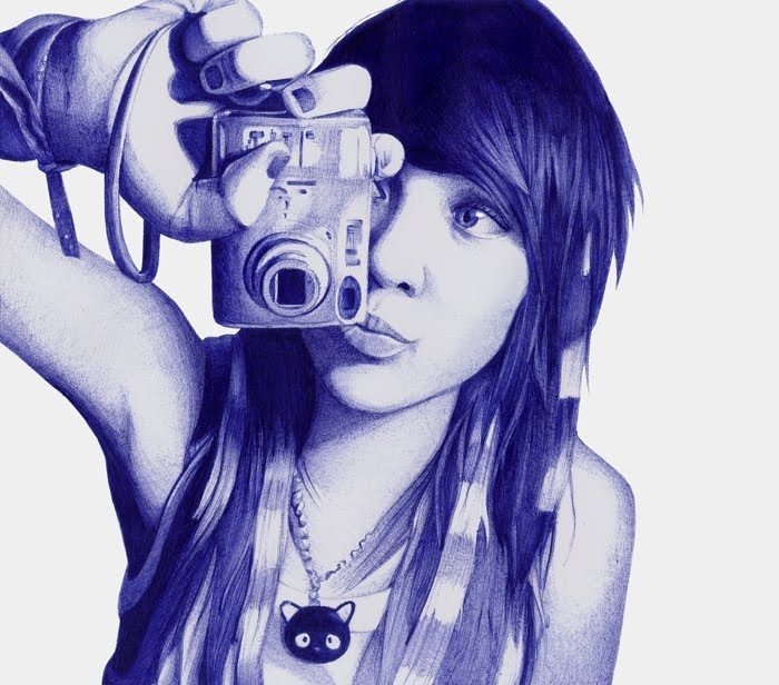 14-Girl-with-Camera-Leonardo-Alves-de-Azevedo-Leo Natsume-Realistic-and-Detailed-Bic-Ballpoint-Pen-Drawings-www-designstack-co