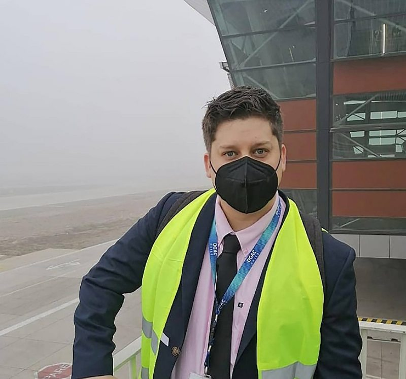 Ariel Osses Elfi ahora trabaja en seguridad en el aeropuerto