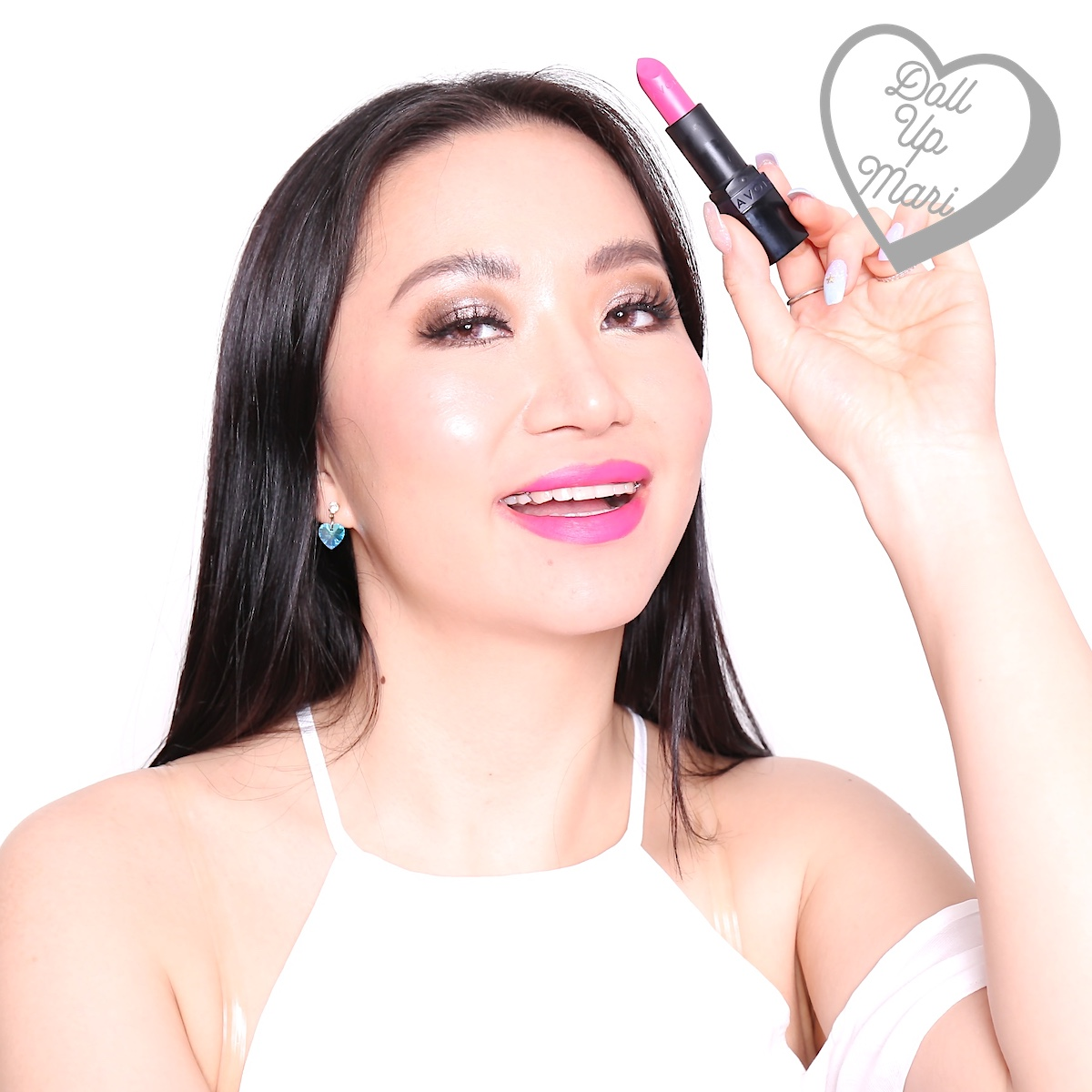 Mari wearing Splendidly Fuchsia shade of AVON Perfectly Matte Lipstick