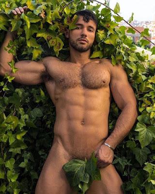 Chłopki z roślinami