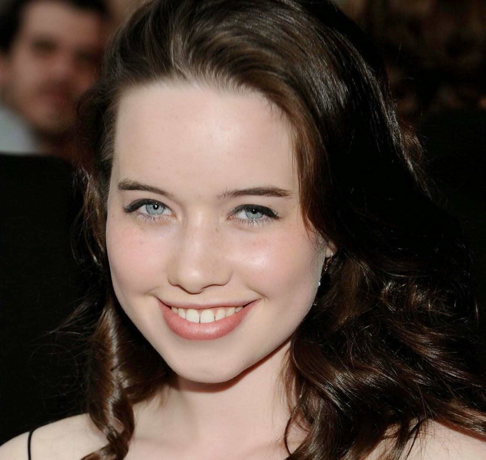 Nove Ber Fall Wallpaper For Computer Anna Popplewell Wallpapers Free Download Theroyalspeaker