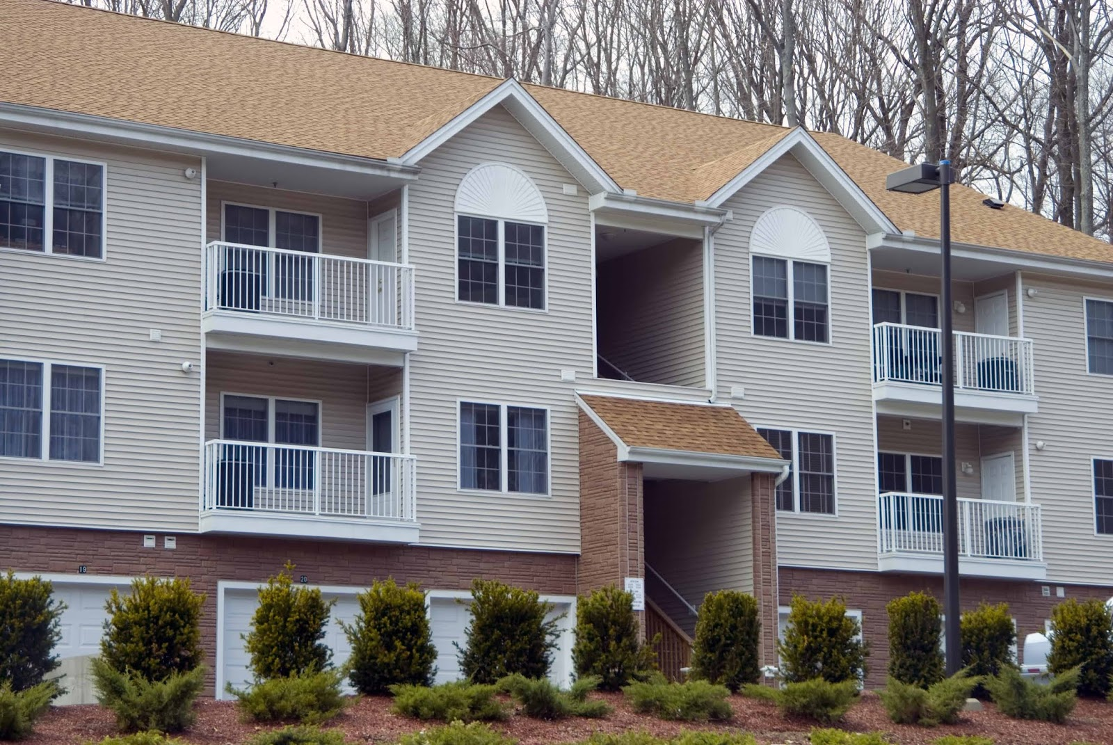Increasing the Value of Apartment Complexes in Lexington, Kentucky (KY) with Landscaping, Parking Spaces or Clubhouse.