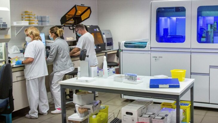 Pfizer desarrolla una píldora contra el covid-19 y podría estar lista antes de finalizar este año