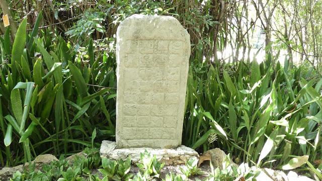 Chankanaab - Archäologischer Park mit Maya-Inschrift