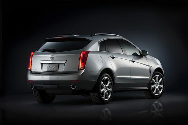 2015 Cadillac SRX silver