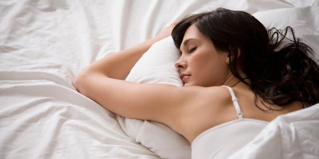 Tidur Juga Mempengaruhi Berat Badanmu! Ini Dia Aturan Tidur Agar Beratmu Tetap Terjaga