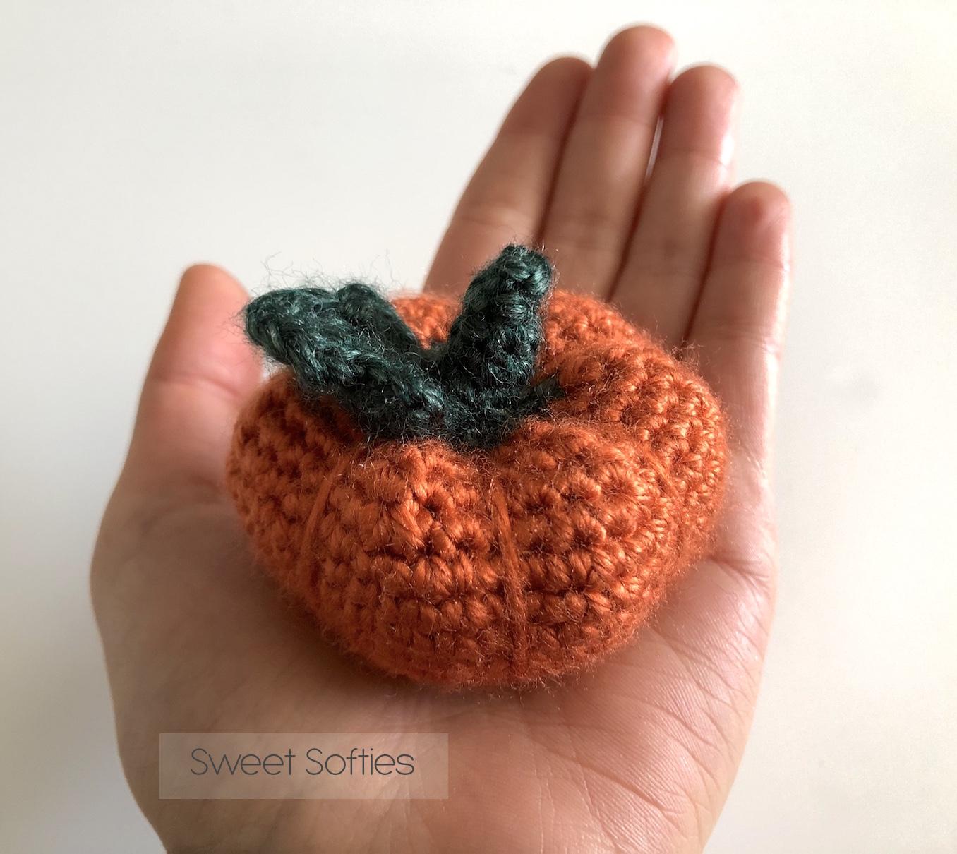 Free Pattern: Pumpkin Amigurumi – Pixeled Peach | 1210x1356