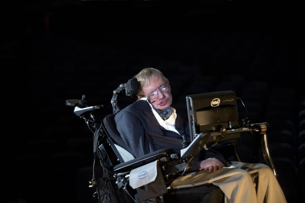 Stephen Hawking anuncia un viaje a Alfa Centauri a bordo de un chip ...