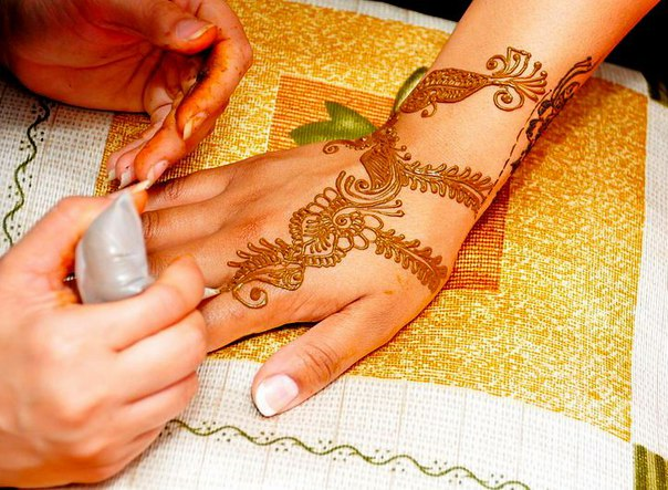 Enrhedando manualidades for Henna para manos