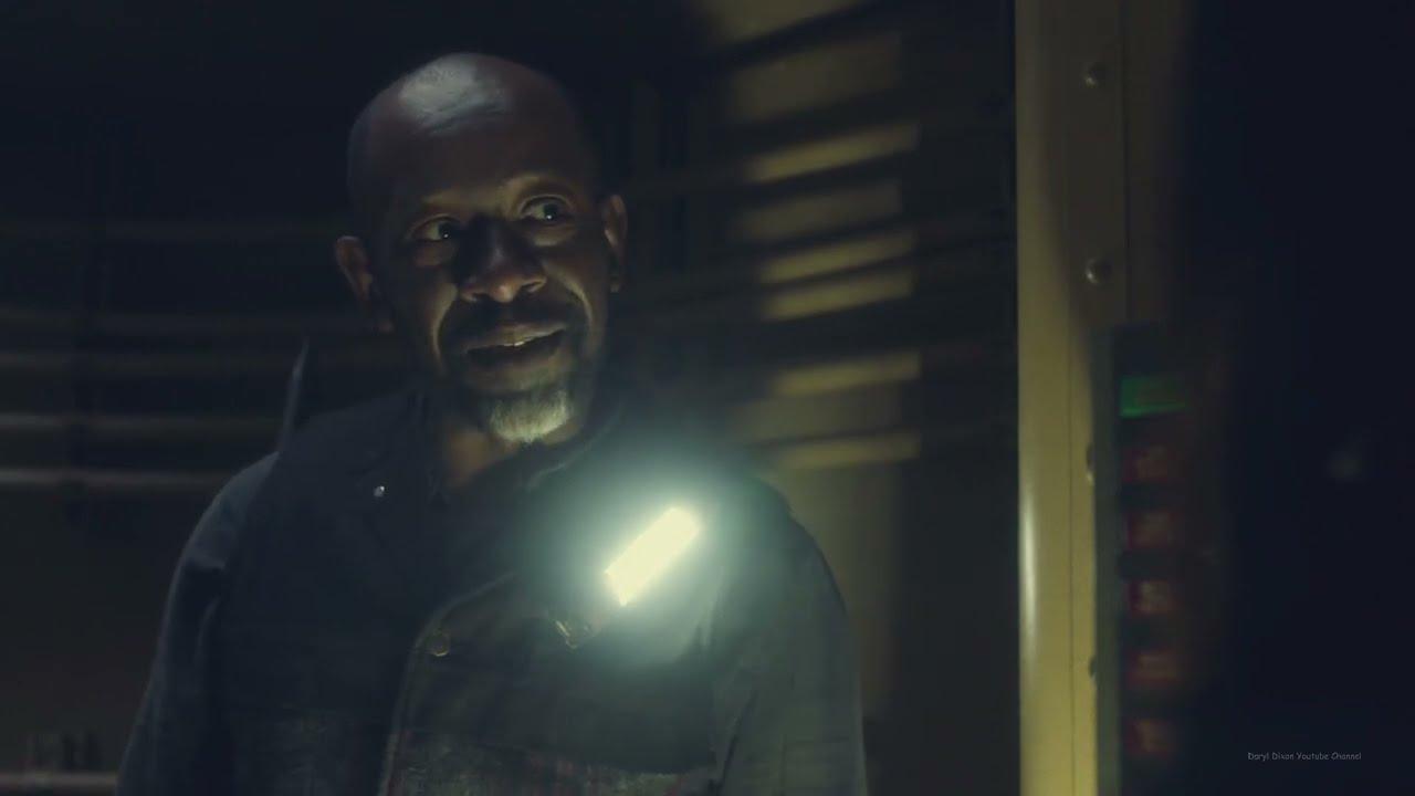 Morgan dentro del submarino en Fear The Walking Dead
