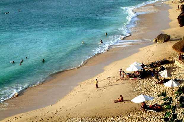 Pantai Ngliyep malang jawa timur indah