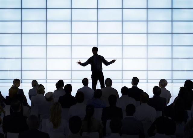 Pentingnya berbicara di depan publik