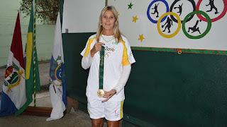 A atleta olímpica de vôlei Sandra Lima