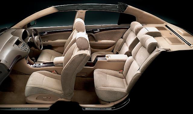 Nissan President PGF50 V8 japońska limuzyna sedan klasa premium luksusowy komfortowy samochód