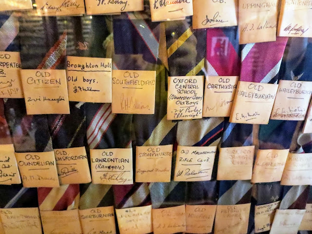 Oxford in a Day: Ties at the Bear Pub
