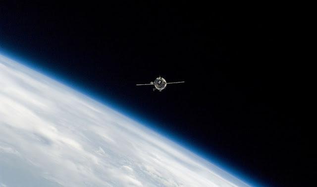 Irán enviará tres satélites al espacio