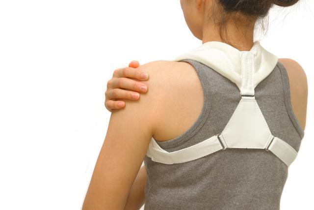 修復勞力者的韌帶和肌肉挫傷很簡單,專家教你修復方法和手法(肩部扭挫傷)