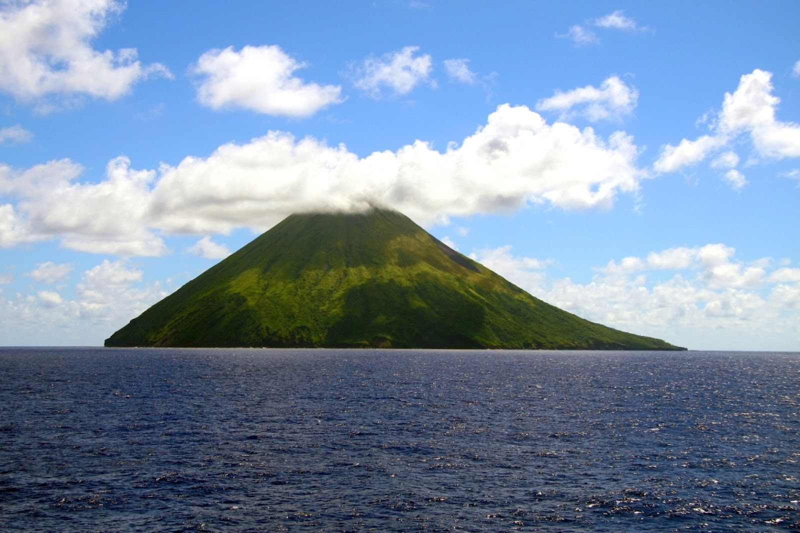 travel   adventures northern mariana islands a voyage to