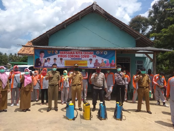 Kepalo tiyuh sumber Rejo Kecamatan Lambu kibang (Tubaba) Gelar pencegahan (covid -19)