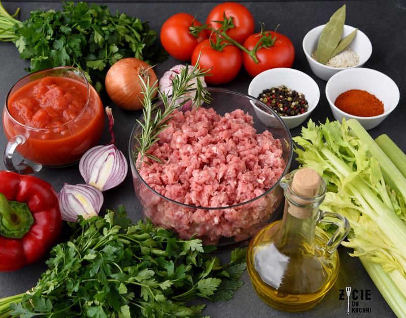 pulpety, pulpety w sosie, pulpety w sosie pomidorowym, klopsiki w sosie, klopsiki w sosie jarzynowym, klopsiki w sosie pomidorowym, klopsiki, pulpety w sosie z piekarnika