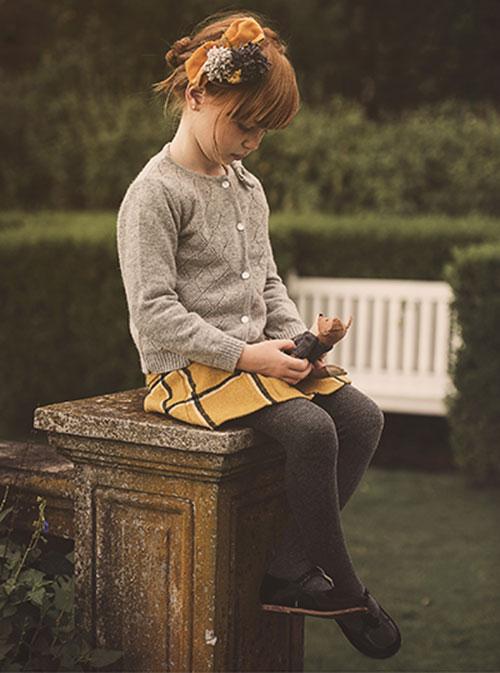 Sweaters y saquitos tejidos de moda invierno 2017 infantil. Moda invierno 2017.
