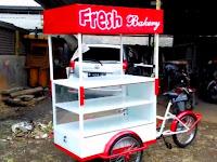 Gerobak roti keliling Gerobak sepeda unik Jasa pembuatan gerobak roti Bandung