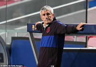 Quique Setien could hold onto his job at Barcelona due to a boardroom split.
