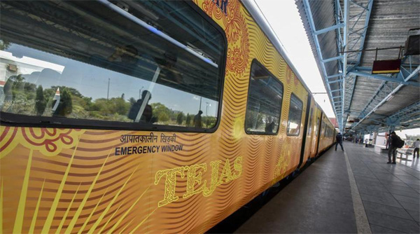 Mumbai, News, National, Passengers, Train, Compensation, IRCTC to pay around Rs 1.62 lakh as compensation for late running of Tejas Express