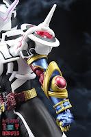 S.H. Figuarts Kamen Rider Evol Black Hole Form (Phase 4) 09