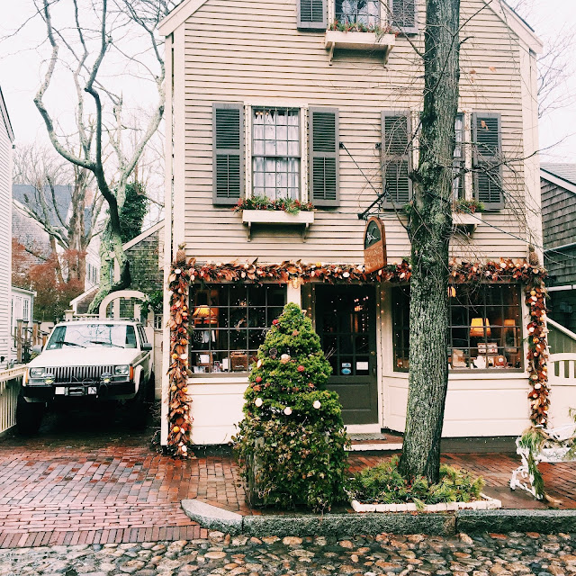 nantucket at christmastime
