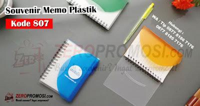 Memo Plastik kecil,  Blocknote Spiral promosi,  Jual Souvenir Kantor MEMO 807, Notes Transparan + Post-It N-807 untuk souveni, Souvenir Notes, Souvenir Memo, Memo Promosi, Jual TERBARU SOUVENIR MEMO CLEAR POCKET 807, Souvenir Memo Clear Pocket