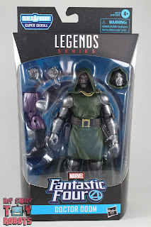 Marvel Legends Doctor Doom Box 01