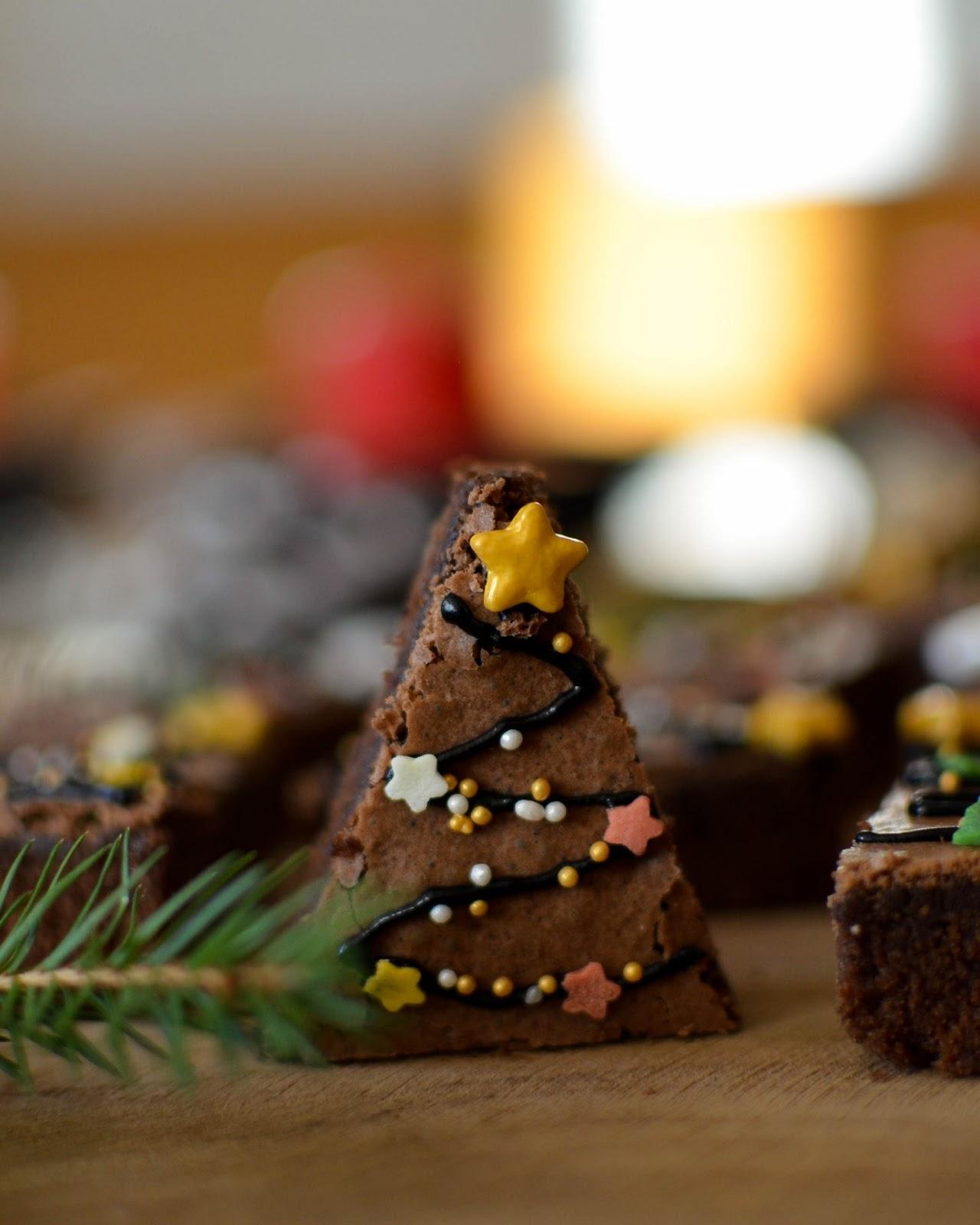 Baking for Christmas: Christmas Tree Brownies