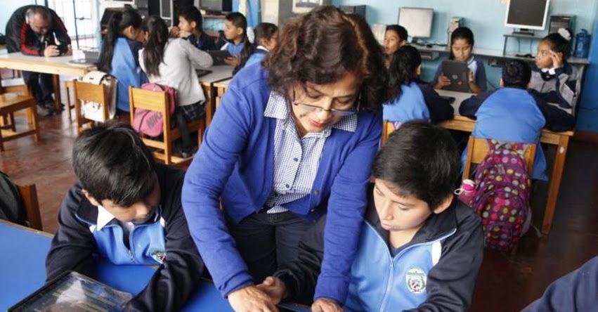 MINEDU prepara decreto de urgencia para contratar profesores de reemplazo