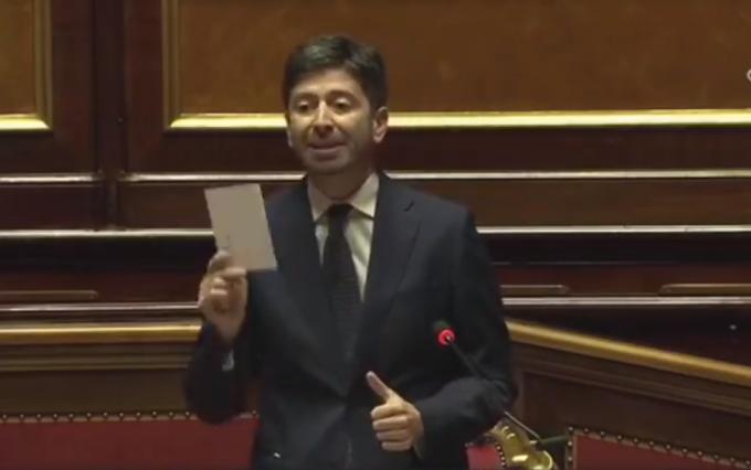 """Speranza: """"Vaccino centralizzato e gratis a tutti gli italiani"""""""