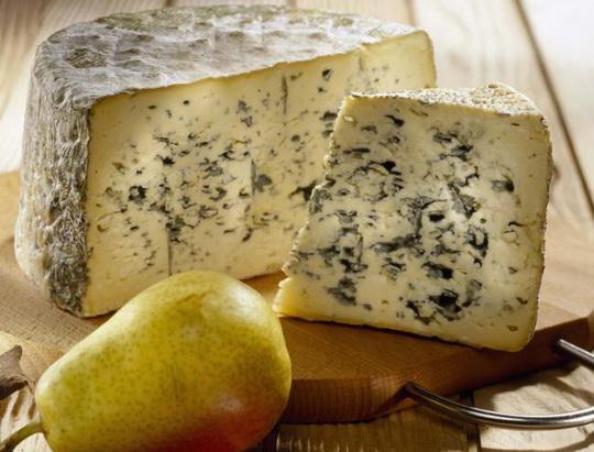 Голубой сыр и груша