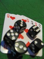 Club de jeu le 8uit Mardi cartes et dés