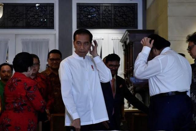 Pendukung Jokowi Bisa Bunuh Daya Kritis Rakyat pada Penguasa