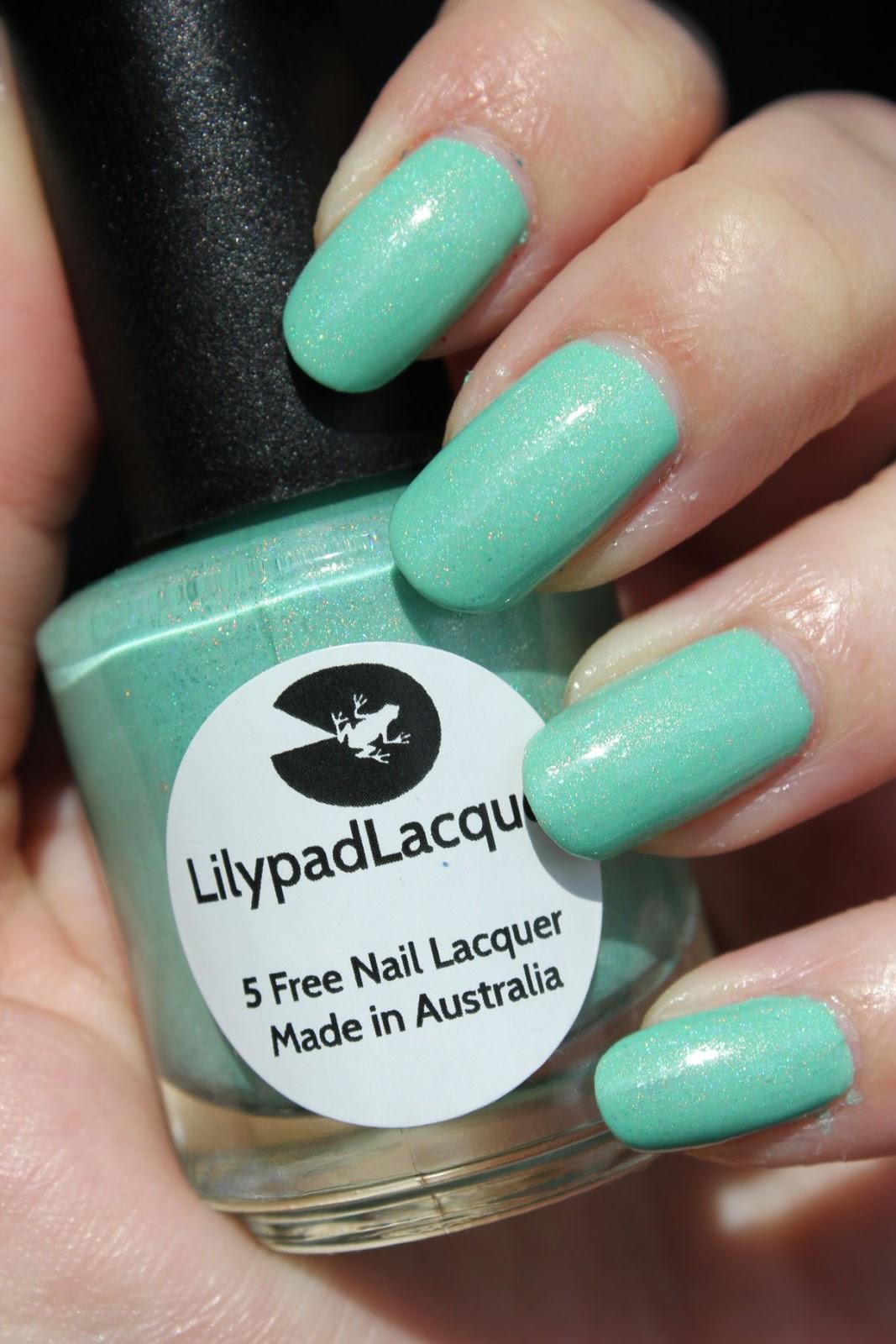 http://lacquediction.blogspot.de/2014/05/lilypad-lacquer-minty.html