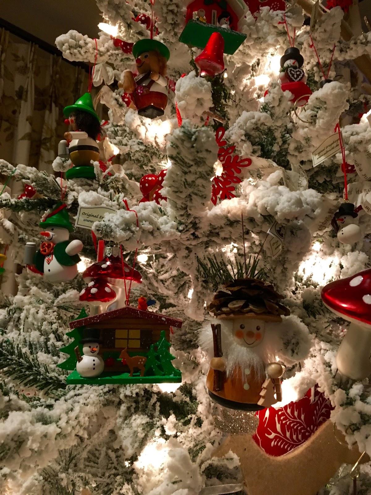 German Christmas Ornaments.German Christmas Tree Petite Haus