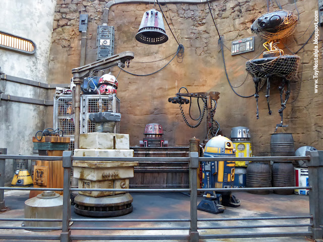 STAR WARS: Galaxy's Edge - Walt Disney World Droids Factory