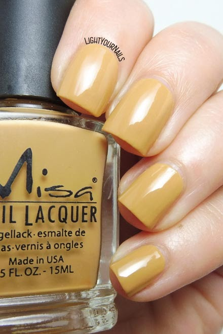 Smalto lacca giallo senape Misa Hot Couture (Runway) mustard yellow creme nail polish #misa #lightyournails #unghie #nails